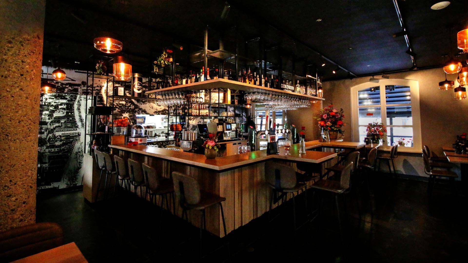 Oude Stadthuys bar.jpg